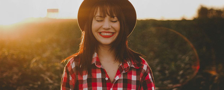Glücklich sein - Definition und Tipps für mehr Glücksgefühle