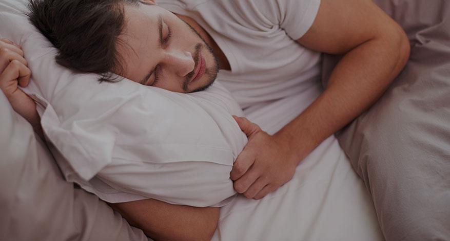 Wie du mit Schlaf deinen Muskelaufbau beschleunigst