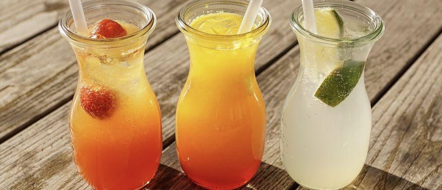 Sommerliche Erfrischungsgetränke selber machen: So geht's