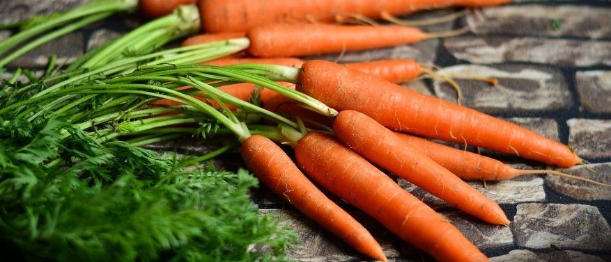 Vitamin A - Wirkung, Dosierung, Lebensmittel, Mangel
