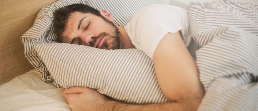 Wie viel Schlaf braucht man?