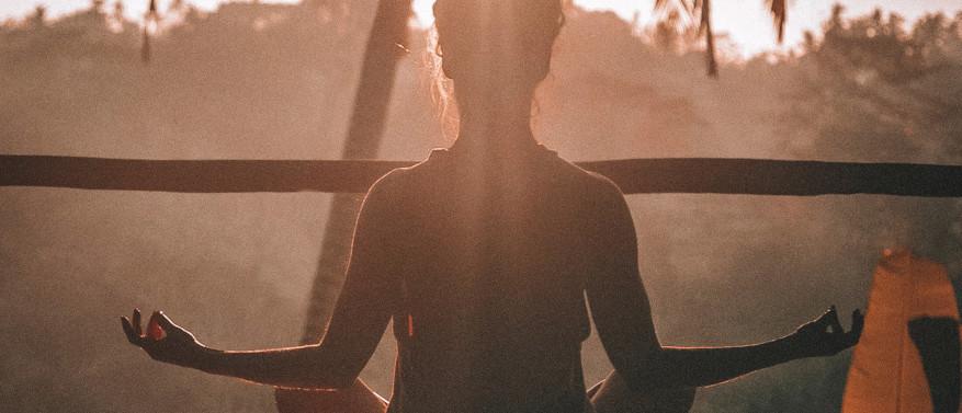 Meditation: Dein Weg zu mehr Ruhe und Gelassenheit