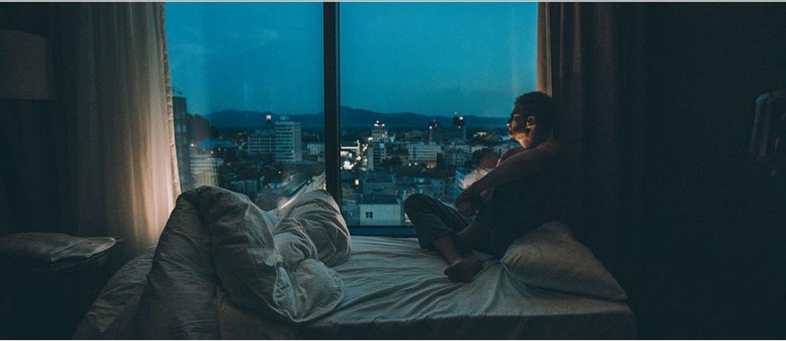 Así es como se detiene el carrusel de los pensamientos por la noche