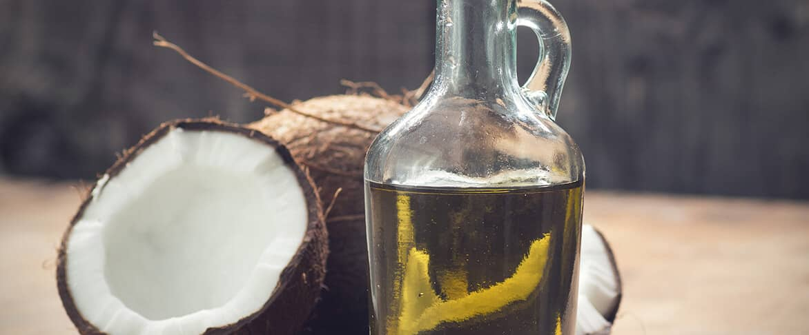 MCT Öl aus Kokosnüssen
